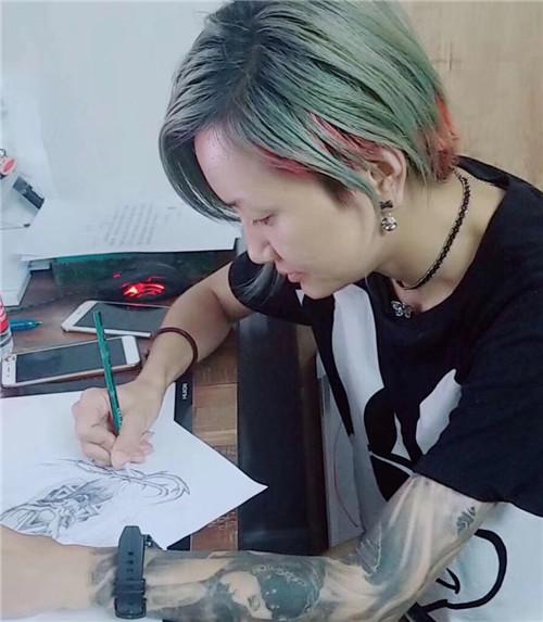 乌鲁木齐纹身图